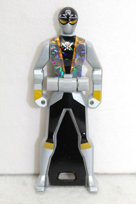 Kaizoku Sentai Gokaiger / Gokai Silver Ranger Key Gashapon ...
