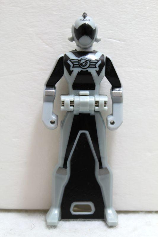 Kaizoku Sentai Gokaiger / Go-On Silver Ranger Key Engine ...